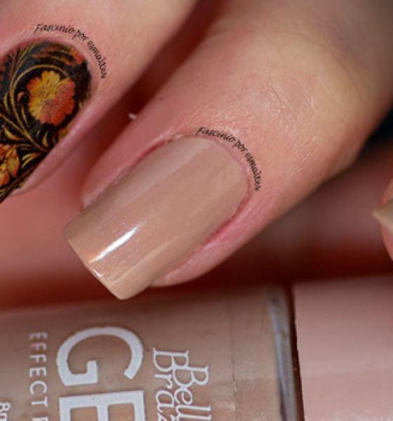 Dedo de moça – Floral Dourado Fundo Preto